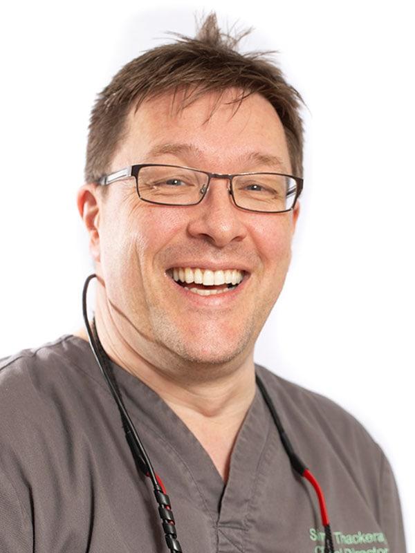 mansfield dentist simon thackeray